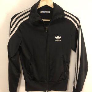 Adidas tracksuit jacket. 🖤
